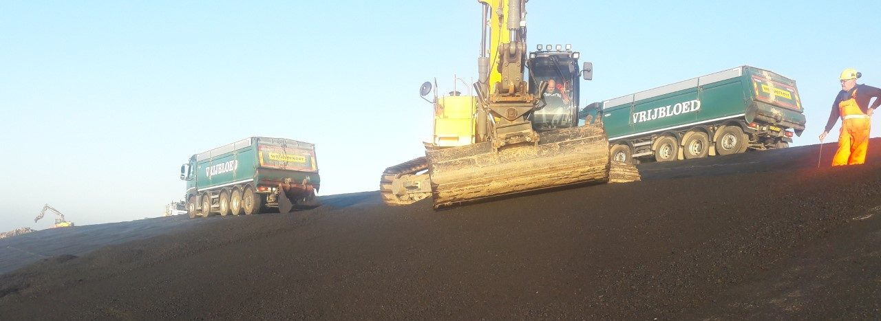 Project Overstijgende Verkenning Waddenzeedijken, Praktijkproef asfaltbekledingen